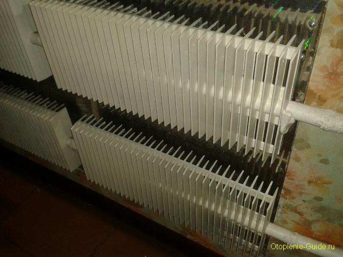 plastinchatiy-radiator-otopleniya.jpg