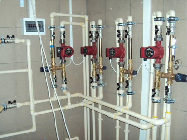 Полимерные-трубы-для-отопления.jpg