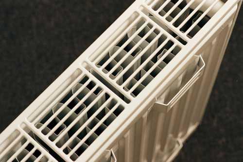 ustanovka-radiatorov-otopleniya-12.jpg