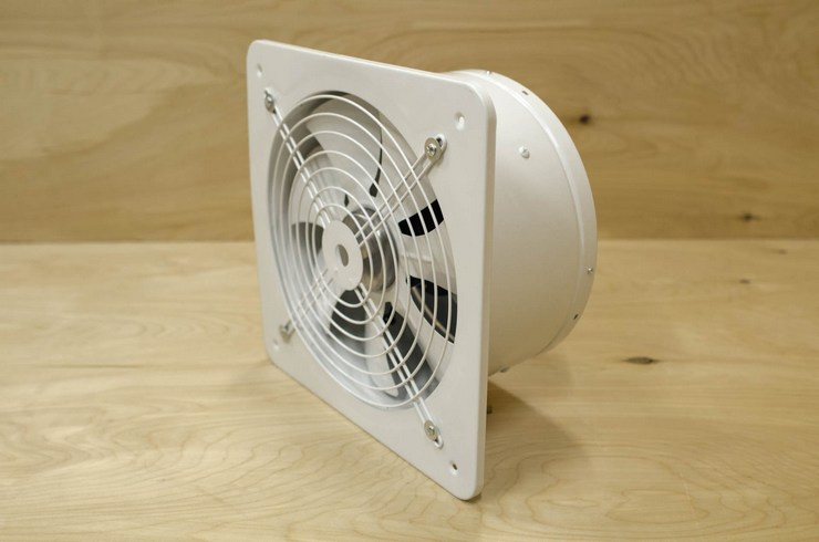 ventilyator-vityagnoi-preimushestva.jpg