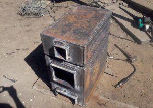 Samodelnyiy-kotel-iz-listovogo-metalla-300x212.jpg
