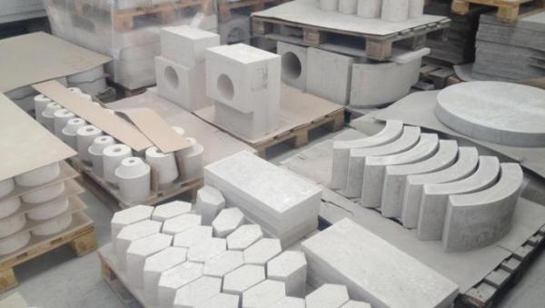 2-ogneupornyij-beton-izdeliya-iz-betona.jpg
