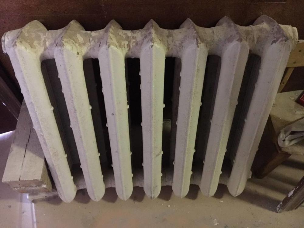 chistka-radiatorov-otopleniya-chugunnyx-7.jpg