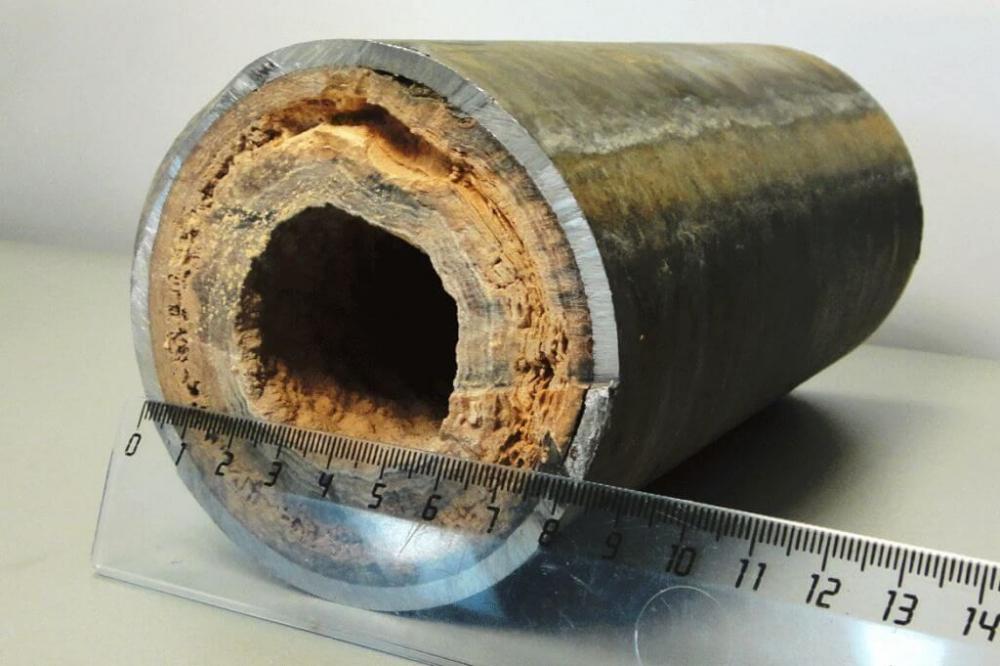 chistka-radiatorov-otopleniya-chugunnyx-5.jpg