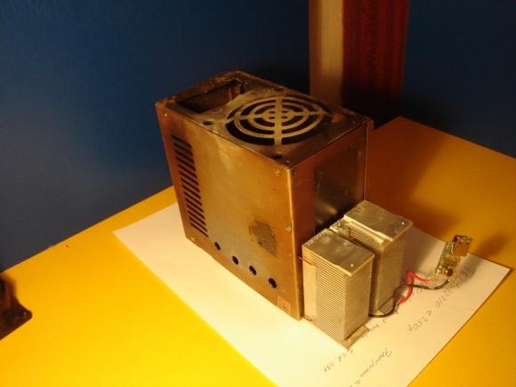 1384800079_generator-na-drovah12.jpg