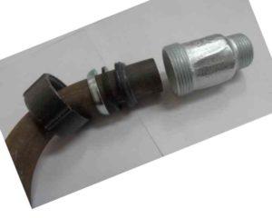 soedinit-metallicheskie-truby-bez-svarki-i-rezby-300x240.jpg