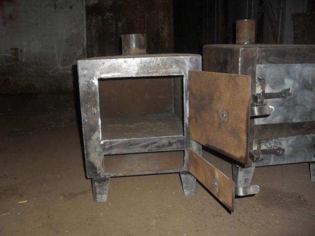 Metallicheskaya-pech-dlya-bani-svoimi-rukami.jpg