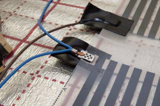 Montazh-kontaktov-IK-sistemy-550x367.jpg