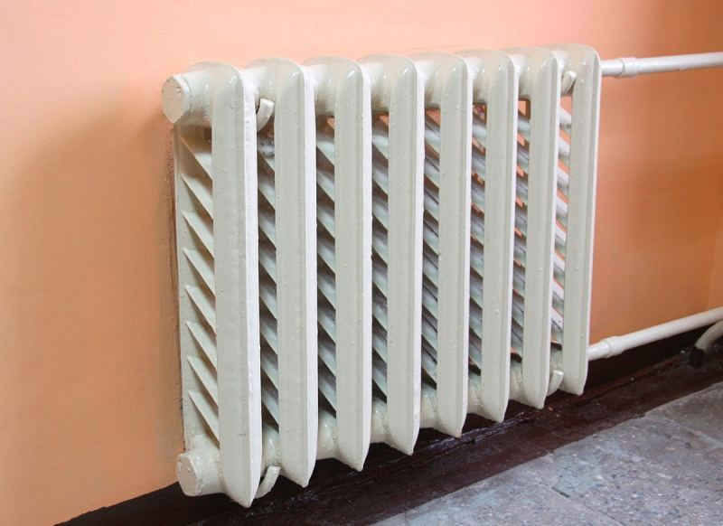 CHugunnyie-radiatoryi-otopleniya-45.jpg