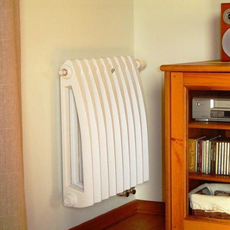 CHugunnyie-radiatoryi-otopleniya-36.jpg