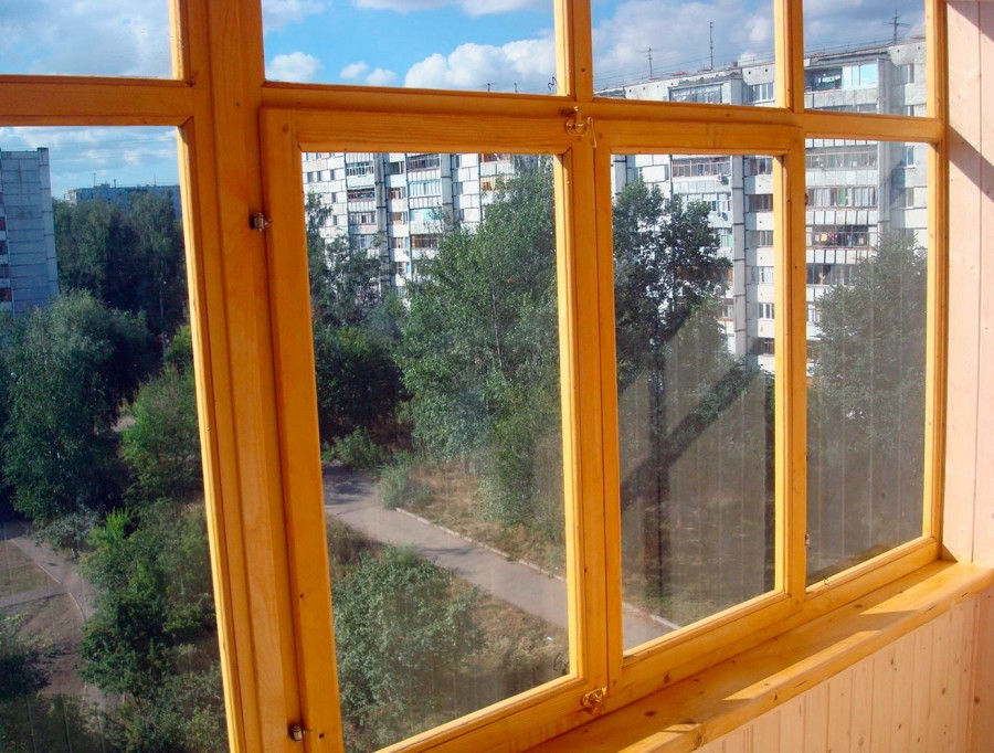 Uteplit-balkon-svoimi-rukami-3-1.jpg