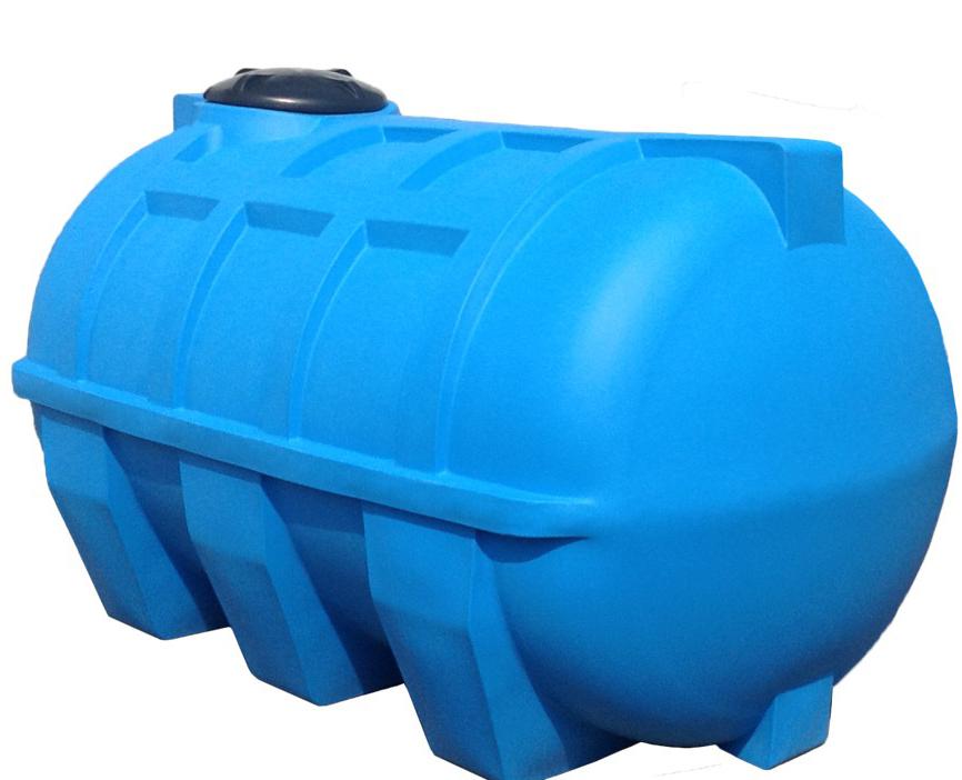 Plastikovaya-gorizontalnaya-emkost-dlya-kanalizatsii.jpg