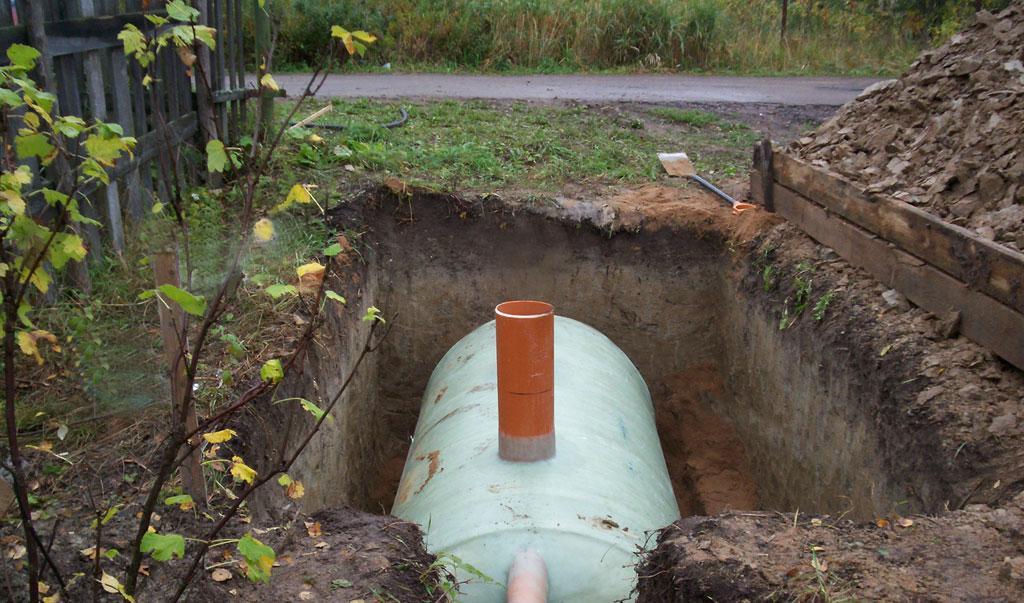 Germetichnyj-bak-dlya-kanalizatsii-v-chastnom-dome.jpg