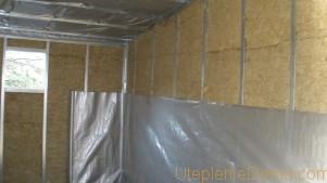 uteplenie-garazha-iznutri-steny-dveri3-301x169.jpg