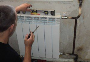 montazh-radiatorov-delo-prostoe-no-otvetstvennoe1-300x208.jpg