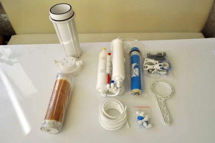 kak-ustanovit-filtr-dlya-vody-48.jpg