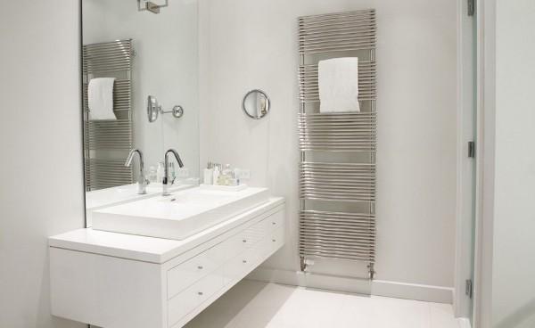 Bath-accessories-towel-dryers-photo-04-1.jpg